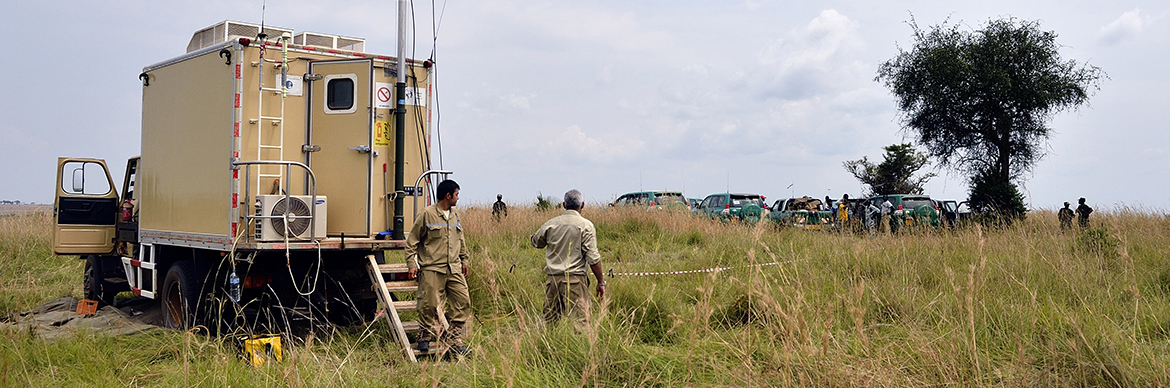 recording_truck_seismic_survey_uganda_exploration_production_total