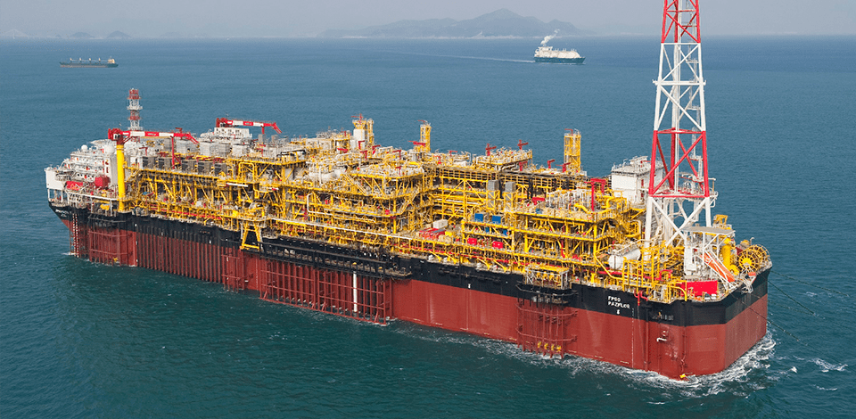 Constructing an FPSO requires considerable expertise in managing large projects. Pazflor in Angola.
