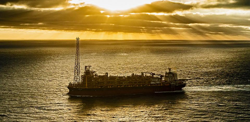 The FPSO Kaombo Sul sailing to Angola - Exploration & Production - Total