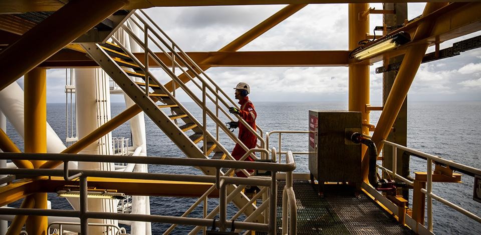Operator on deck, FPSO Kaombo Norte, Angola - Exploration & Production - Total
